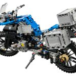 lego-technic-bmw-r-1200gs-adventure-42063-back
