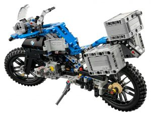 lego-technic-bmw-r-1200gs-adventure-42063-back