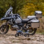 lego-technic-bmw-r-1200gs-adventure-42063-outdoor-original